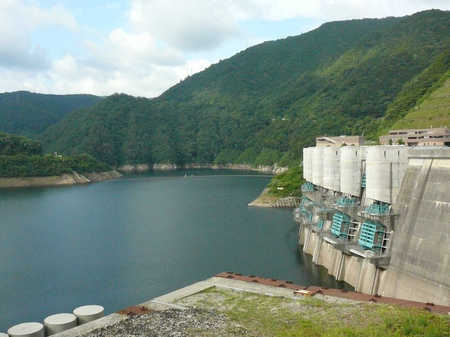 温井ダム_龍姫湖.JPG
