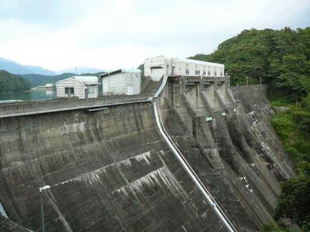 豊田湖_木屋川ダム.JPG